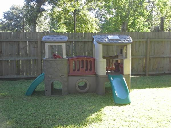 STEP 2 PLAYSCAPE WITH CLIMBER AND SLIDE - $350 (LAKE JACKSON)