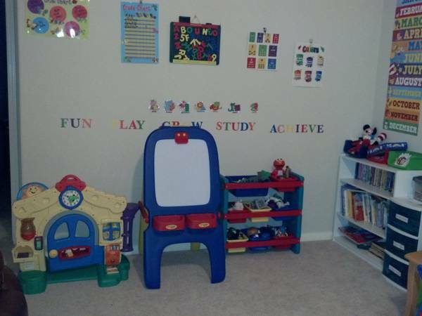 HOME DAYCARE-SPACE AVAILABLE (RICHMOND, SUGAR LAND, ROSENBERG)