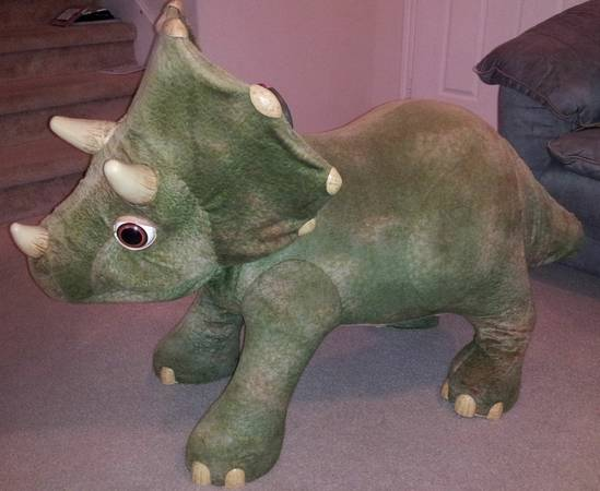 Playskool Kota My Triceratops Dinosaur Animatronic Toy HUGE - $250 (Tomball)