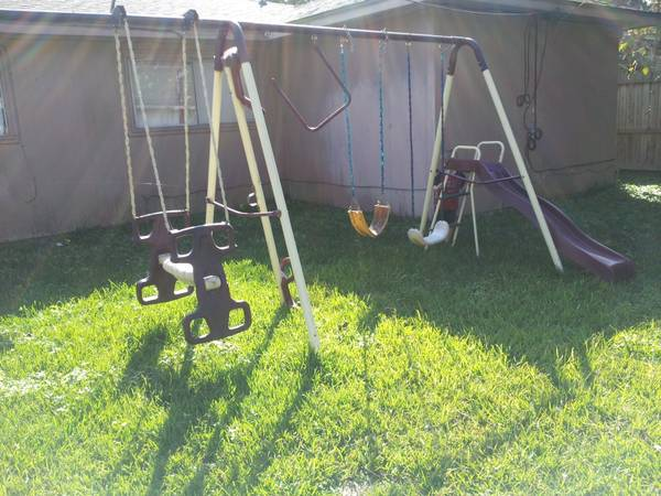 large Swing Set Slide Teeter Totter Etc - x002440 (alvin)