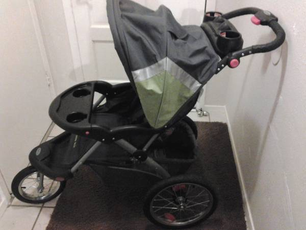 Baby Trend Expedition ELX Travel System Stroller - Everglade - $75 (Clear Lake)