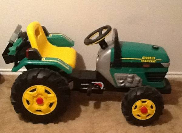 PEG PEREGO PEDAL TRACTOR - $99 (Houston tx 77095)