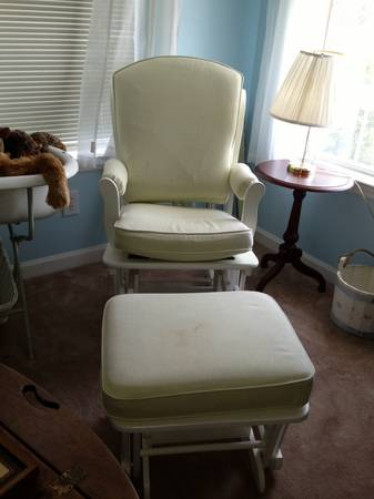 Pottery Barn glider rocking chair and ottoman - $300 (League City (South Shore area))