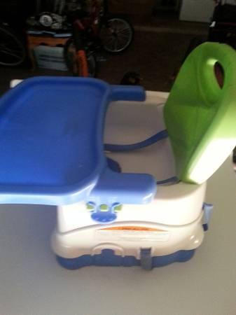 NICE SPACE SAVER HIGH CHAIR - $25 (Katy Barker Cypress  West Little York)
