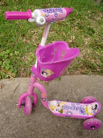 Scooter, Disney Princess, Pink - $12 (North Houston- FM 1960 and I-45)
