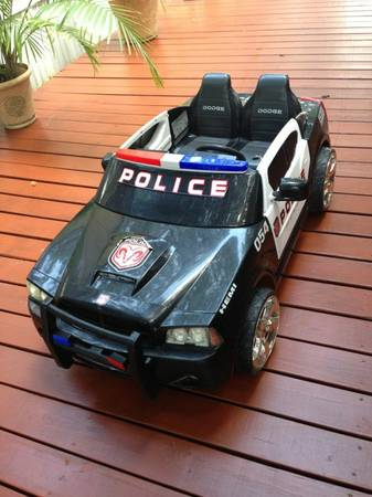 Power wheels Dodge Charger Police - $195 (290houston)