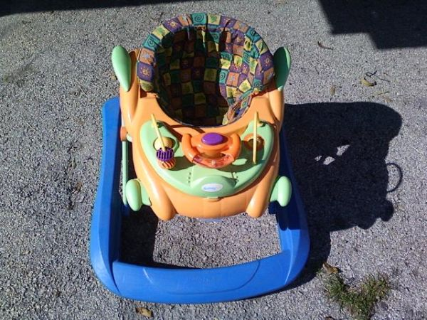 Car Seat,Bouncer and Walker (telephone rd)