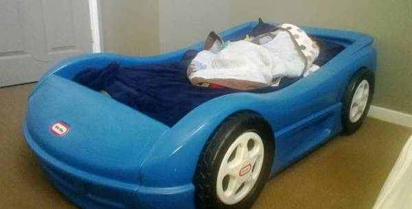 Little Tikes Car toddler bed (blue) and mattress - $125 (Cypress)