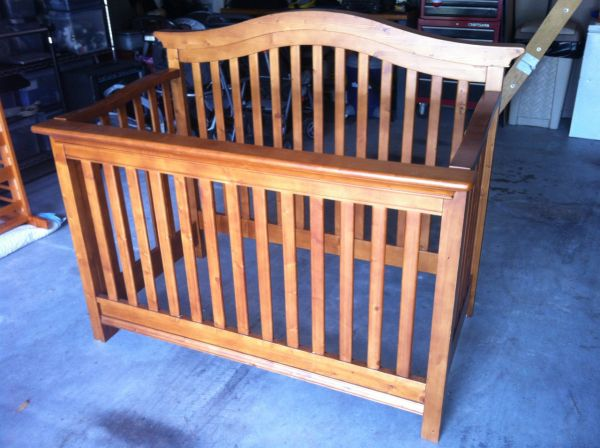 Babi Italia Baby Bed, Dresser, and Mattress - $650 (Conroe)