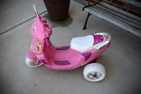 Disney Princess Power Wheels Scooter Moped - $50 (NW290)
