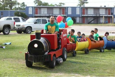 Trackless Party Train Rental with Driver - $100 (Houston and surrounding areas)