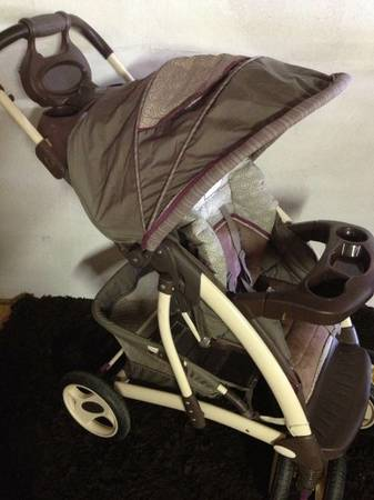 Laura Ashley Stroller - $45 (NW (290 1960))