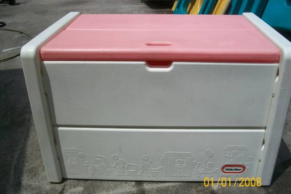 LITTLE TIKES PINK  WHITE TOY BOX - $30 (NW 290HUFFMEISTER)