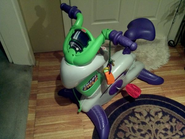 Fisher-Price Smart cycle racer - $30 (midtown)