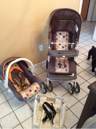 Cosco stroller with carseat combo - $60 (pasadena)