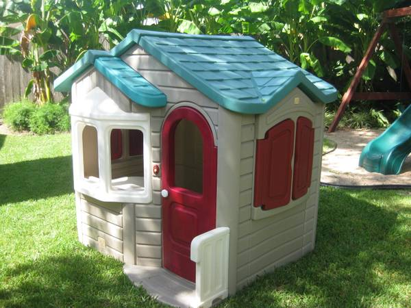 Step 2 Welcome Home Playhouse - $275 (290 at Fairbanks N. Houston)