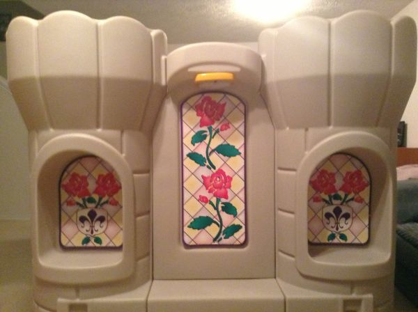 Step2 Princess Castle Bed - $150 (Tomball NW Houston)
