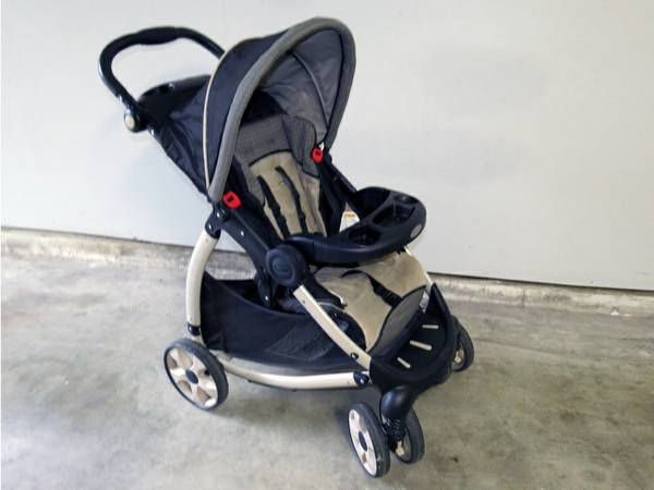 Car seat, strollers and more (South East Houston)