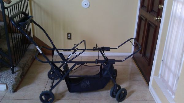 Baby Trend Double Snap-N-Go Stroller Frame  - $35 (SW Houston - near 59 S  Bwy 8)