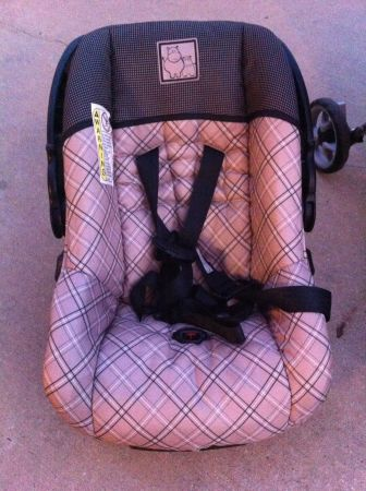 Cosco Stroller with Carseat and Base - $100 (Humble Kingwood)