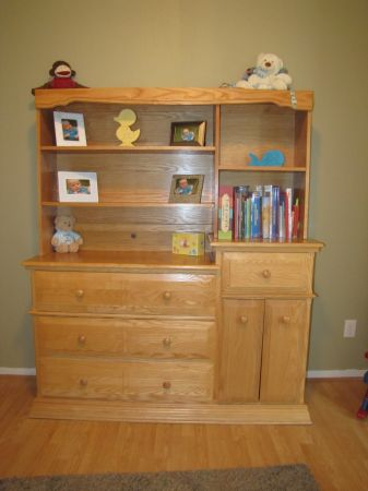 Child Craft Dresser Changing Table For Sale