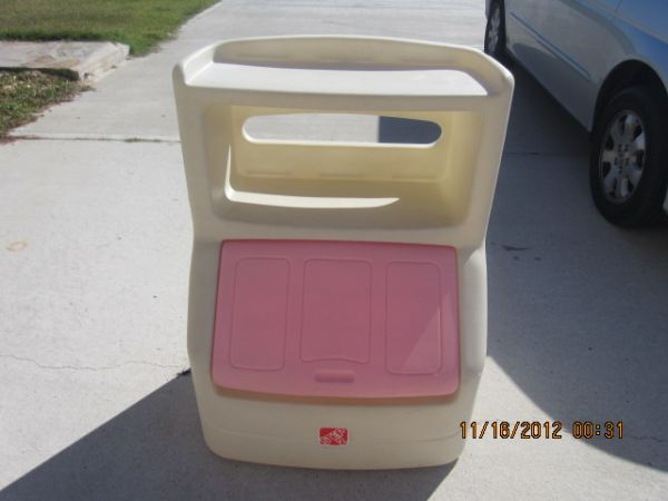 Pink Step 2 Toybox - $50 (splendora)