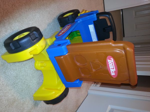 tonka ride on toy - $8 (friendswoodclear lake)