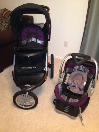 Baby Trend Jogging Stroller and car seat combo with base - $115 (Northwest Houston)