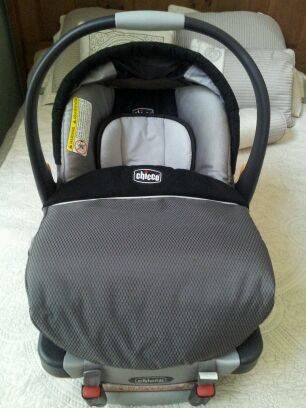 Chicco KeyFit 30 Infant Car Seat -   x0024 115  Pearland