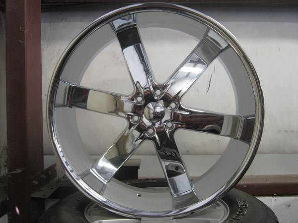 26 inch Deep Dish CROME RIMS BRAND NEW TIRES Lexani - $2500 (Houston)