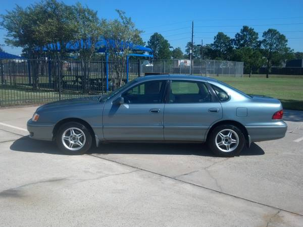 1 Owner 1999 Toyota Avalon XL Sedan 112K Miles  Financing  Warranty - $5988 (Spring)