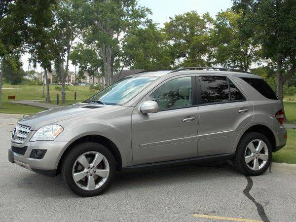 Gray Mercedes-Benz 2009 M-Class ML350 4MATIC - $23500 (5 Star Autoplex - Jersey Village)