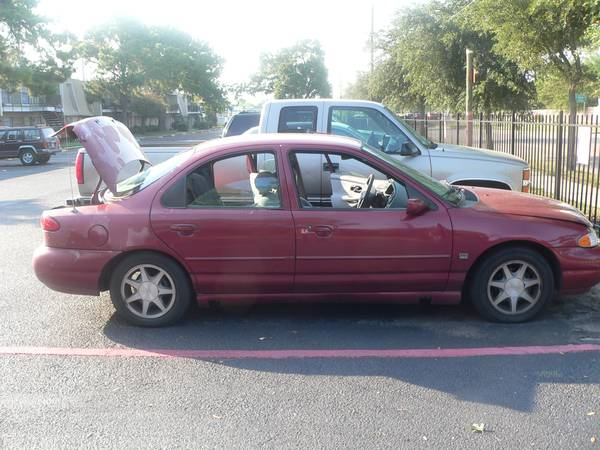 95 FORD CONTOUR - $1700 (THE WOODLANDS)