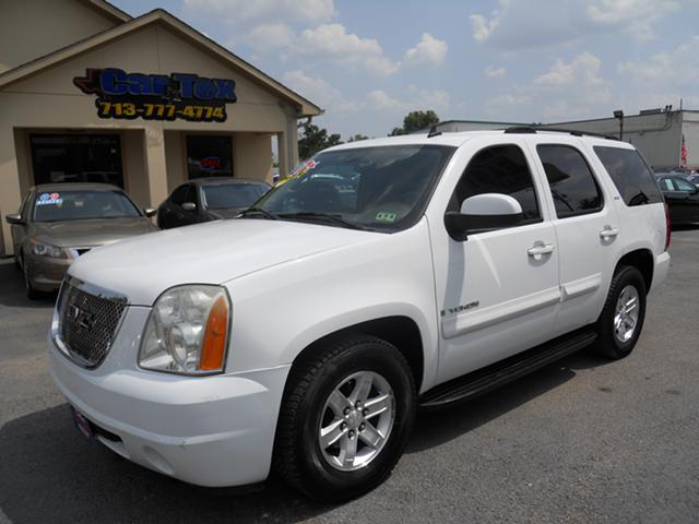 07 GMC YUKON   we finance - very ez terms