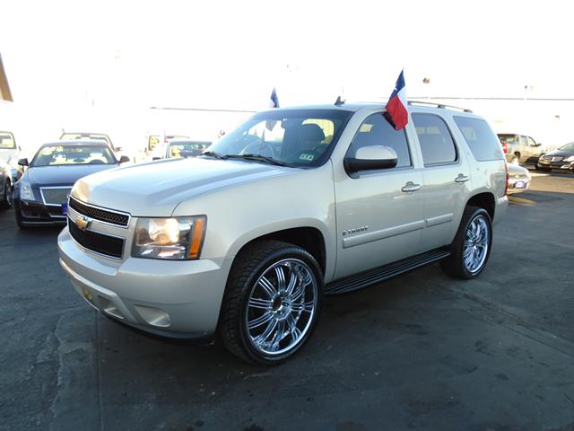 100 BUY HERE PAY HERE  07 chevy tahoe 22 chrome wheels