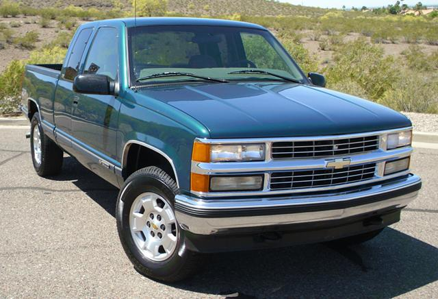 $2,200, low miles 97 CHEVROLET SILVERADO 1500 Z71 one owner