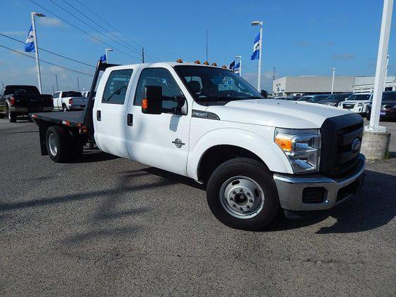 $36,971, 2014 Ford F350 Crew Cab Flatbed Diesel Automatic Gooseneck