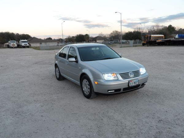 2003 VW JETTA  93,XXX MILLES - $4900 (WEST RD  i 45 NORTH)