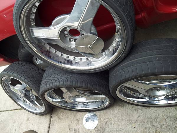 For Sale 22 BLADE Rims And Tires - $625 (Missouri City,Texas)