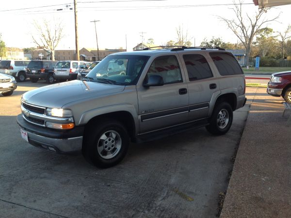 2003 Chevrolet Tahoe LT 1 Owner In House Financing Available  (Dickinson )