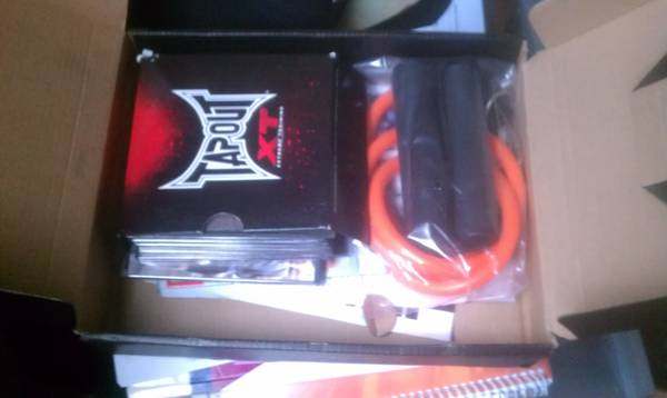 TAPOUT XT BRAND NEW-NEVER USED-WITH RESITANCE BAND-COMPLETE SET - $50 (Houston)