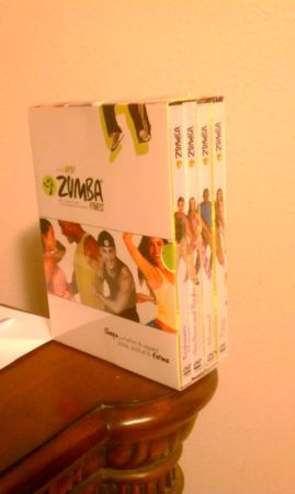 ZUMBA FITNESS SET-NEW IN BOX-AS SEEN ON TV - $30 (houston)