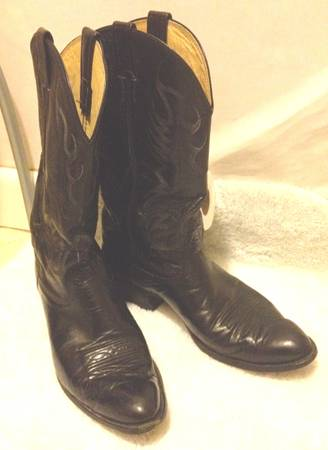 Mens NOCONA 11D Black, Smooth leather cowboy boots - $85 (West side Briar Forest)