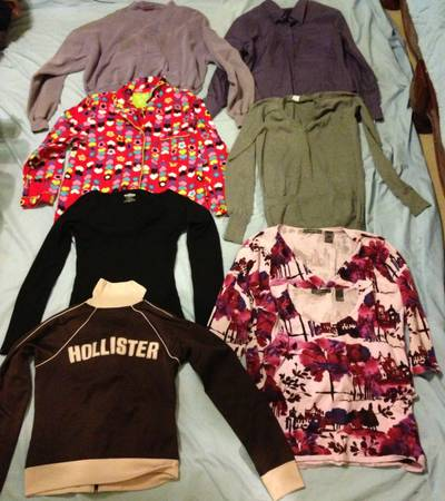 61 Womens Name Brand Clothes, Express, Nike, Victorias Secret, Levis - $50 (Katy)