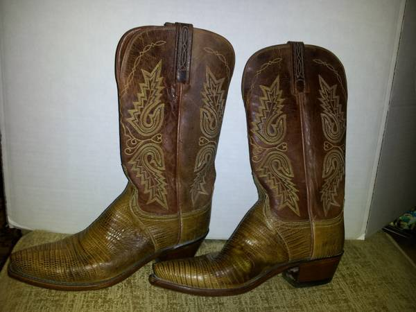 Lucchese Ladies Boots - $350 (Naussa Bay, Texas)