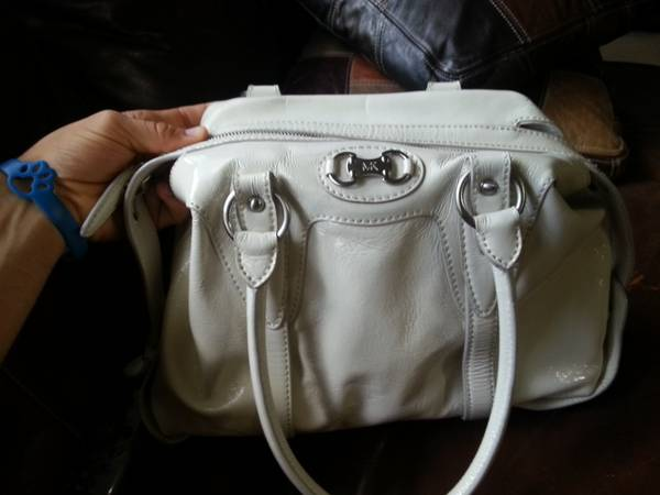 Michael Kors Patent leather purse in excellent condition-katy - $100 (katy)