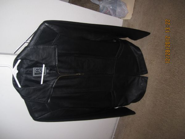 Mens Robert Comstock RC Leather Jacket Size L - $100 (Galleria)