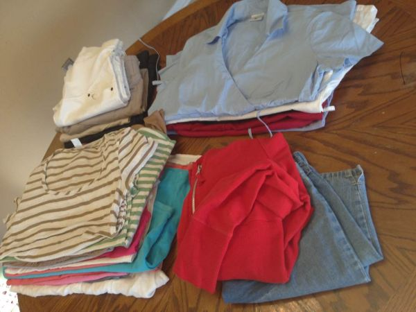 Motherhood Maternity - $50 (PearlandHouston)