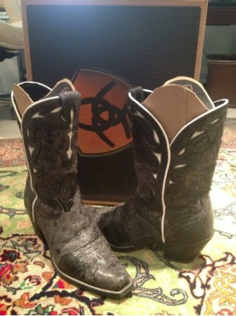 Ariat size 10 womens boots rodeo time - $180 (Katy ( katy mills mall area))
