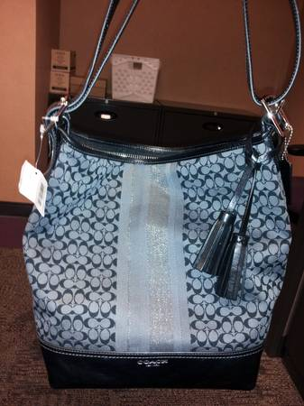 Genuine Coach Purse NWT - $300 (Alief)